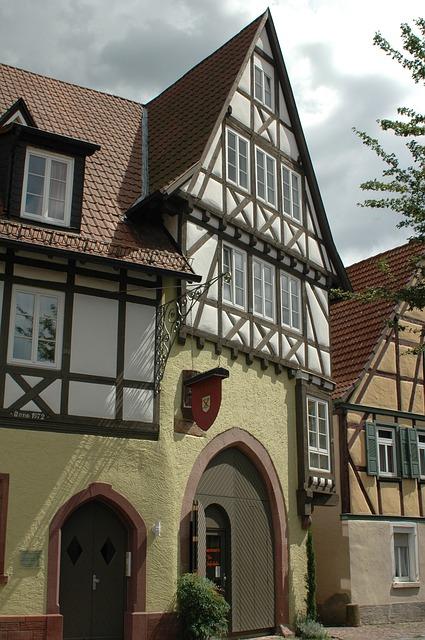 Dieses Bild hat ein leeres Alt-Attribut. Der Dateiname ist Ladenburg-Altstadt.jpg